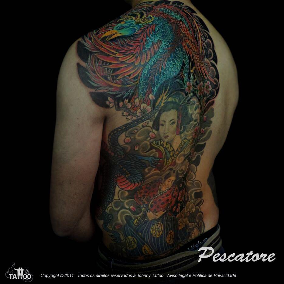 A tinta branca cobre o preto na reforma de uma tatuagem?
